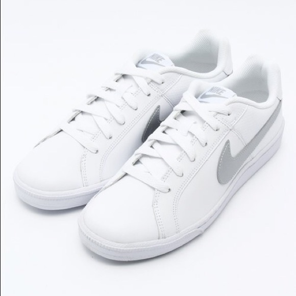 16a50d1112a2d8 Nike Court Royale White Shoes with Silver Swoosh. M 5a7273b245b30cfa98623c93